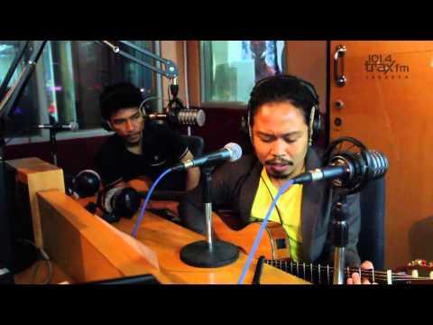 #TraxFM Payung Teduh - Menunggu
