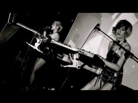 Delphic - 'Doubt' (She is Danger Remix)