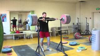 Клоков Дмитрий - Жимовой швунг 225 кг.MP4