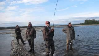 крутая рыбалка в магадане 2015(рыбалка в магадане., 2015-11-10T08:27:38.000Z)