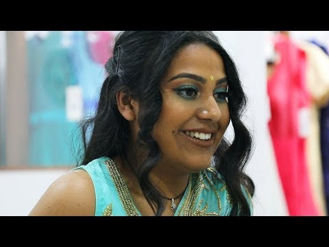 Indian-Australian Girls Try On Saris For The First Time