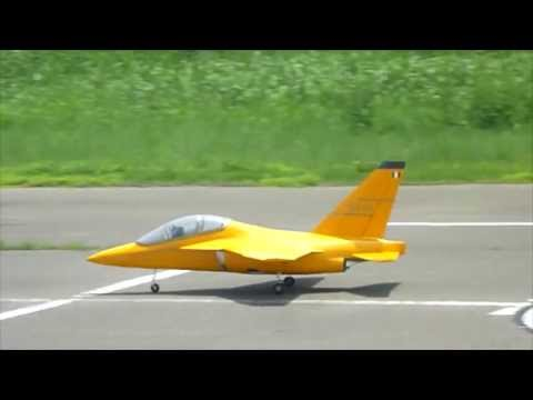 Alenia Aermacchi M-346 RC e-JET large scale Maiden Flight