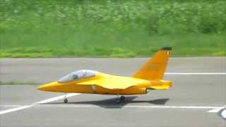 Alenia Aermacchi M-346 RC e-JET large scale Maiden Flight