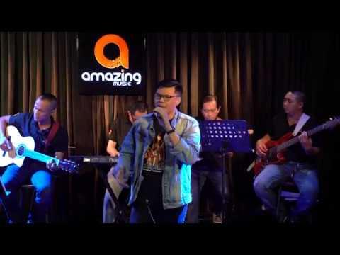 Photo of NGƯỜI ĐÀN BÀ HOÁ ĐÁ – Cà phê Acoustic [Amazing Music] hay