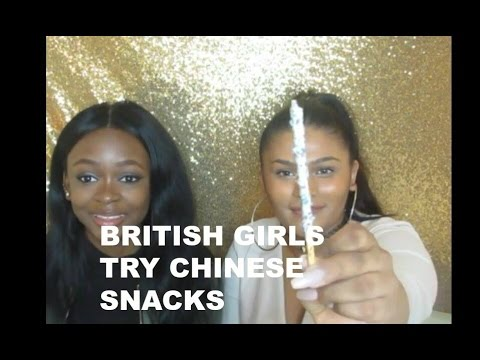 BRITISH GIRLS TRY JAPANESE SNACKS ft KIRSTY HANNAH
