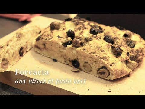 pain-aux-olives-et-au-pesto-vert