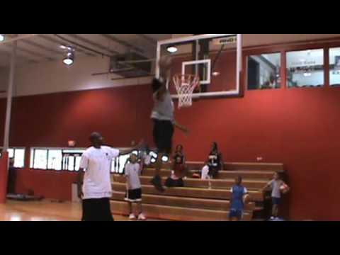 "TFB::Dunks:: 5'9"" Troy McCray - Practice Dunks"