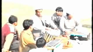 RAMAYA WASTA WAYA.(MUSIC)ON HARMONIUM BY. FAROOQ USTAD, SHAH JEHAN. KUND PARK..wmv