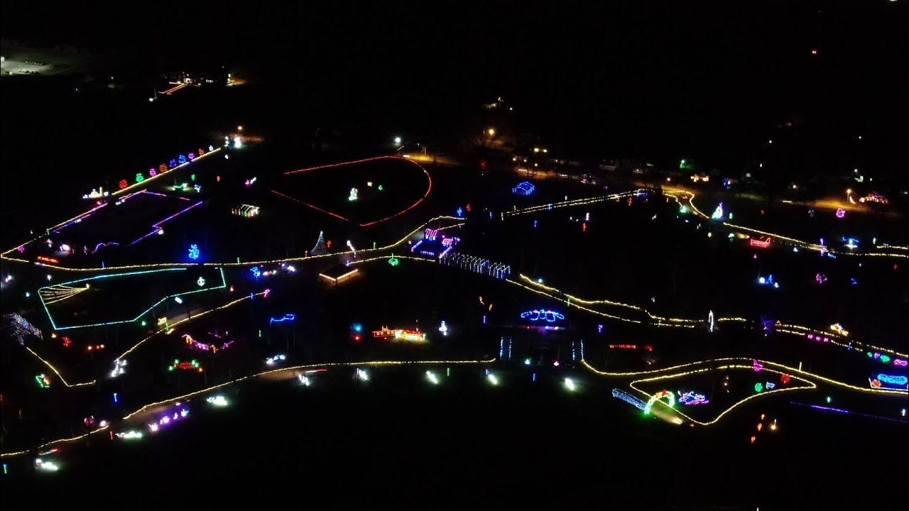 Tpa Park Christmas Lights 2021 Beautiful Snow Covered Drone Flight Over Tpa Park And Frankfort Commons Public Golf Course Clinton County Daily News