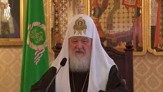 Патриарх Кирилл поздравил российских военнослужащих на авиабазе в Хмеймим с праздником Пасхи