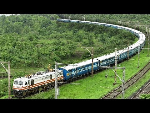 TRAIN making a U-Turn ? ( Illusion at 2:37 ) Indian Railways