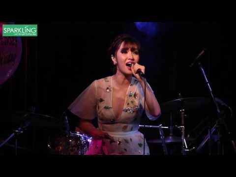 [Sparkling] Rằng Em Mãi Ở Bên - Bích Phương hát live trong đêm nhạc đầu tiên   Minishow phòng trà We