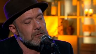 Toni Holgersson - Hand till hand - Malou Efter tio (TV4)