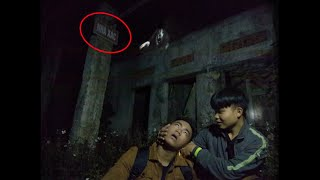 Catch ghosts in abandoned hospital
