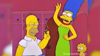Homer Simpsons fumando maconha