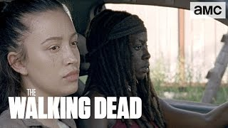 Video 'Rosita & Michonne Deviate from the Plan' Sneak Peek Ep. 806 | The Walking Dead download MP3, 3GP, MP4, WEBM, AVI, FLV November 2017