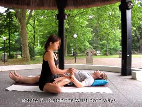 Shorties Session 5: THAI YOGA MASSAGE ARMS & HANDS