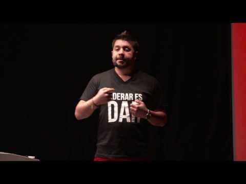 Cómo componer un futuro brillante para el mundo | Juan Carlos Gutierrez | TEDxUniversidadEAN