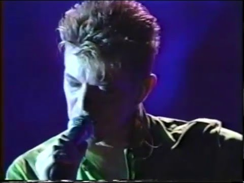 David Bowie – My Death (Live GQ Awards 1997)