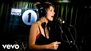 Wolf Alice - Space & Time in the Live Lounge