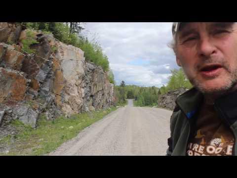 South River (Ontario) Roadcut Pegmatite - has poor camera focus