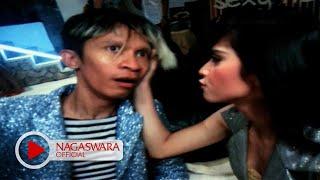 Download T2 - Malu Malu Dong (Official Music Video NAGASWARA) #music