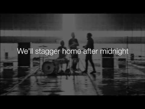 Blink-182 - After Midnight (Lyrics)