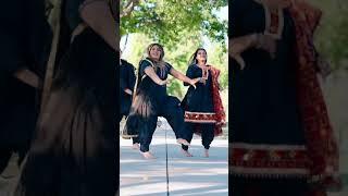 Top Notch Gabru Girls Bhangra Dance
