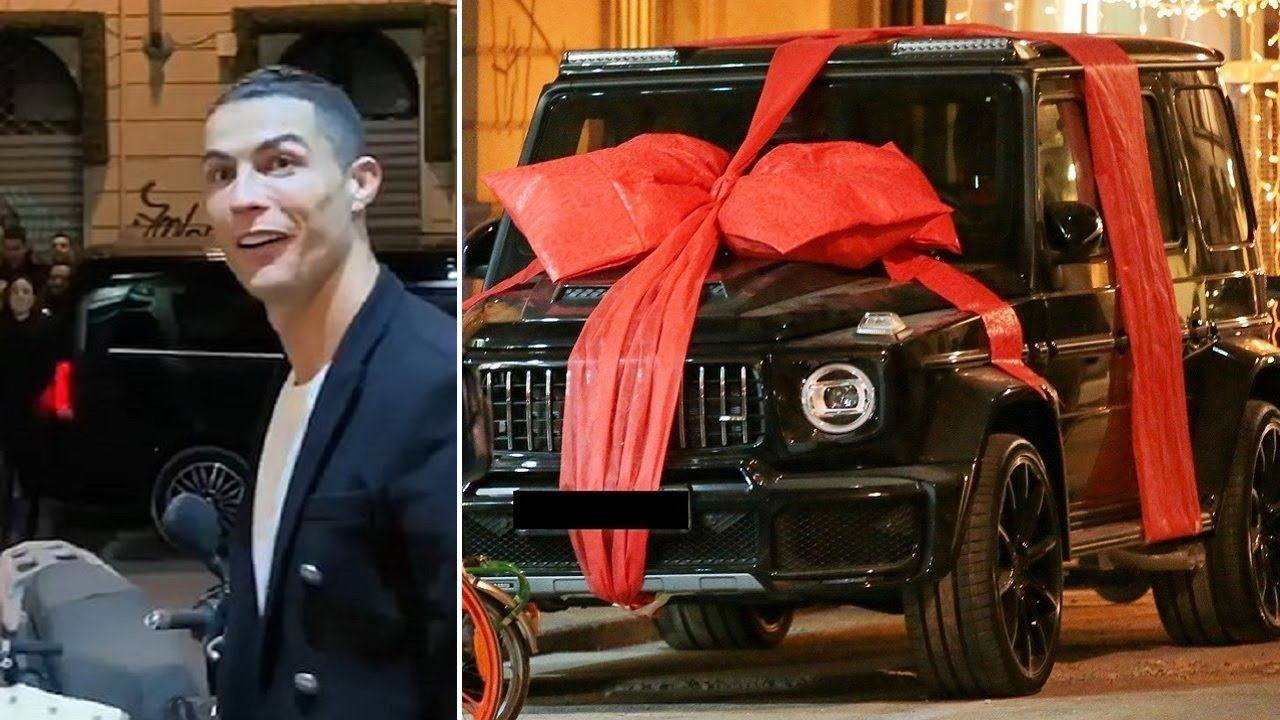 Top 10 Cristiano Ronaldo's INSANE Car Collection ★ updated to 2020