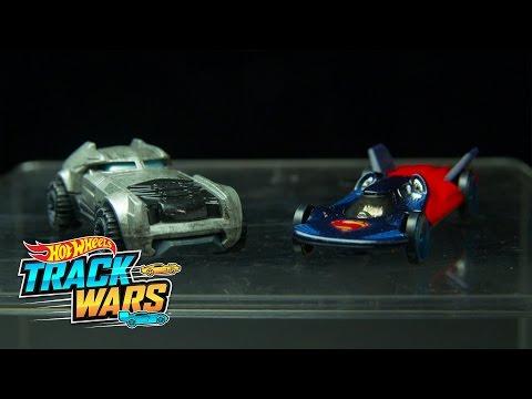 Edisi Spesial: Batman v Superman  Track Wars  Hot Wheels