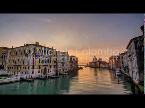 0056 - time lapse - Canal Grand in Venice at dawn - 4K, HDR
