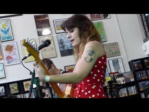 Best Coast - Goodbye LIVE HD (Record Store Day 2013) Long Beach Fingerprints