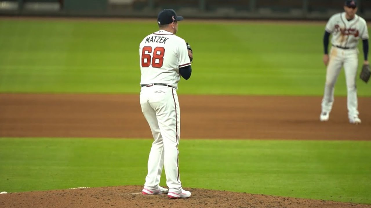 Incredible BEHIND THE BACK double play made by Braves pitcher Tyler Matzek!