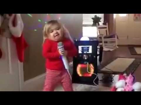 Little Girl Singing & Dancing on Karaoke Latest Funny Videos 2016
