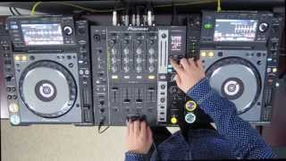 "DJ Ravine ""Just messing around"" on Pioneer CDJ 2000 Nexus and DJM 750 uhh...mix (ELECTRO)"