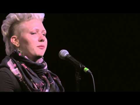 "iWPS Finals 2014 - Desiree Dallagiacomo ""An Elegy for Aunt Diana; in 10 Parts"""