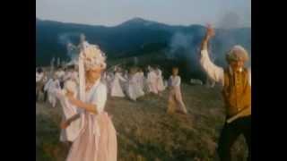 Perinbaba svadobný tanec