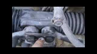 Как заменить пыльник рулевой рейки. Сделай Сам!(Простой способ замены пыльника рулевой рейки без снятия рулевой рейки., 2014-04-15T03:58:03.000Z)