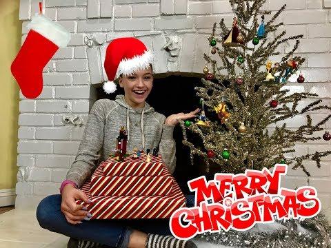 Disney Princess Christmas Gifts! #12DaysofPrincess Vlog Day #113    Jayden Bartels