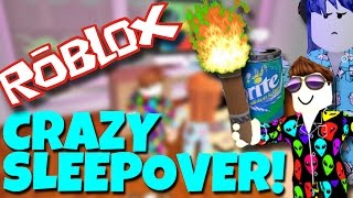 WEIRDEST SLEEPOVER in ROBLOX (GONE WRONG)