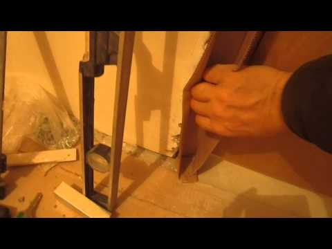 Работа в квартире нового дома (заполненый зазор пеной на следующий день)