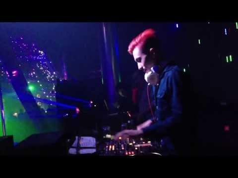 DJ Khang Chivas On The Mix - MDM Music Club Part 2 - 26/12/2013