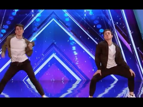 Twin Brother Mirror Image Performs Dazzle the Judges | Week 6 | America's Got Talent 2017