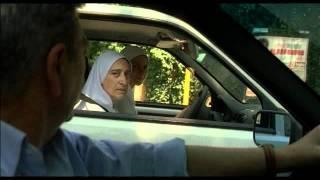 Gianni y sus mujeres Trailer en Castellano