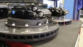 Chevrolet Express - тюнинг тормозов.(Сервис и запчасти)(Тюнинг тормозной системы автобуса Chevrolet Express. Замена тормозных дисков, суппортов и колодок. Установку прово..., 2014-12-17T18:21:37.000Z)