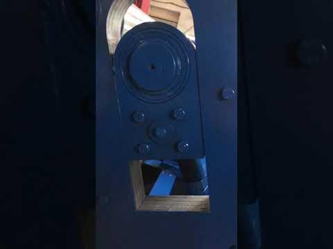 Регулировка ручная на базе червячного редуктора Вальцы ВМА1300х6