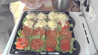 Рецепт бутербродов с помидором и сыром