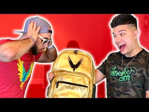 LOGAN PAUL MAVERICK MERCH MYSTERY BOX!! ** Legit Vlogs Surprise $500 Haul **