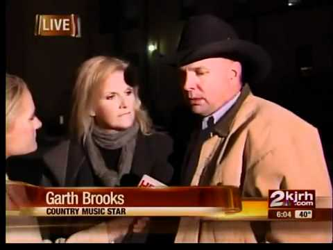 Garth Brooks speaks out about lawsuit