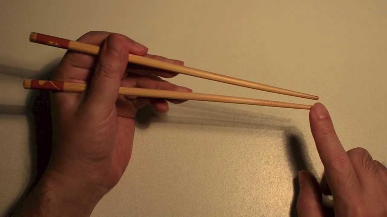 左手使用筷子 - YouTube